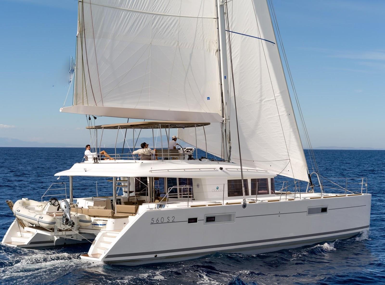 Alquilar catamaranes en Ibiza