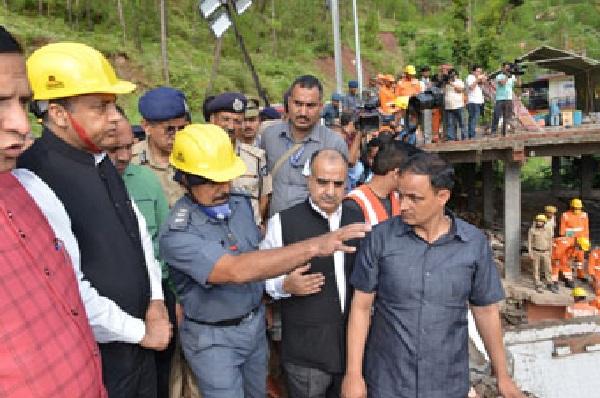 हिमाचल प्रदेश में इमारत ढहने से 13 सैनिकों की मौत