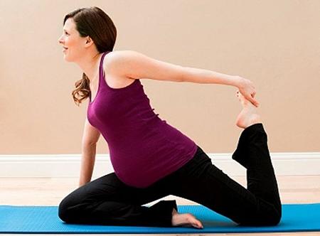 6 cách phòng bệnh đau lưng hiệu quả ở bà bầu-5