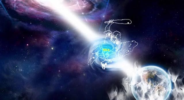 銀河中央太陽發出一道帶電藍光