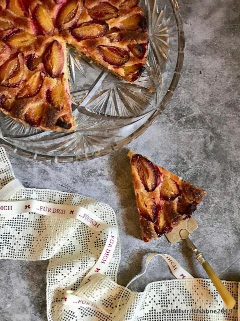 Obstkuchen mit Marzipan