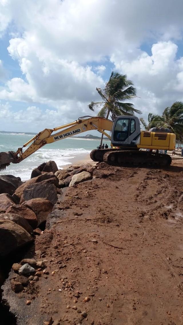 Defesa Civil do RN reconhece estado de emergência por avanço do mar em Barra de Cunhaú