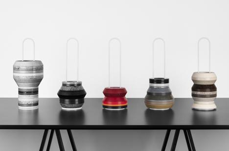 el estudio de diseo sueco form us with love present una coleccin de jarrones de losa de diferentes materiales apilados sobre un marco de metal para la