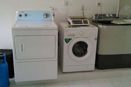 4 Perbedaan Mesin Cuci Laundry dengan Mesin Cuci Biasa