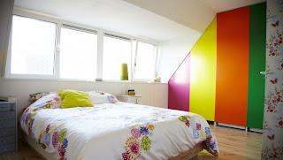 decoración de dormitorio colorido