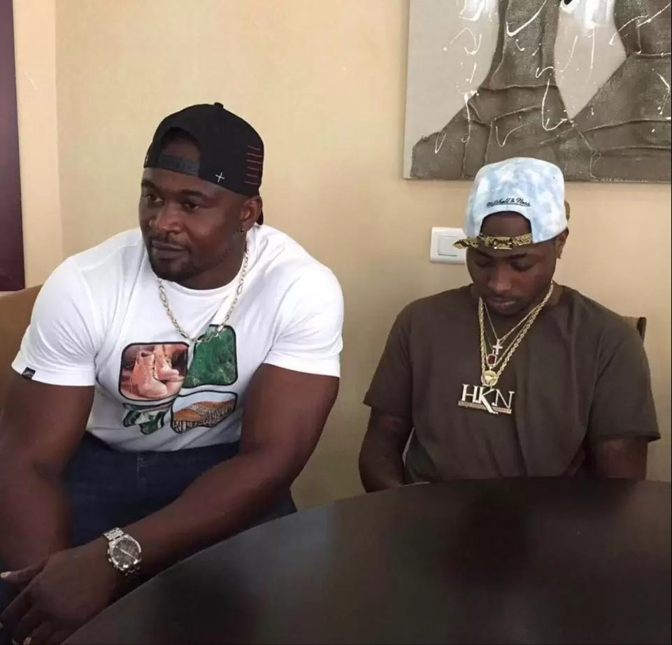 Davido breaks down in tears as he reacts to the death of his bodyguard