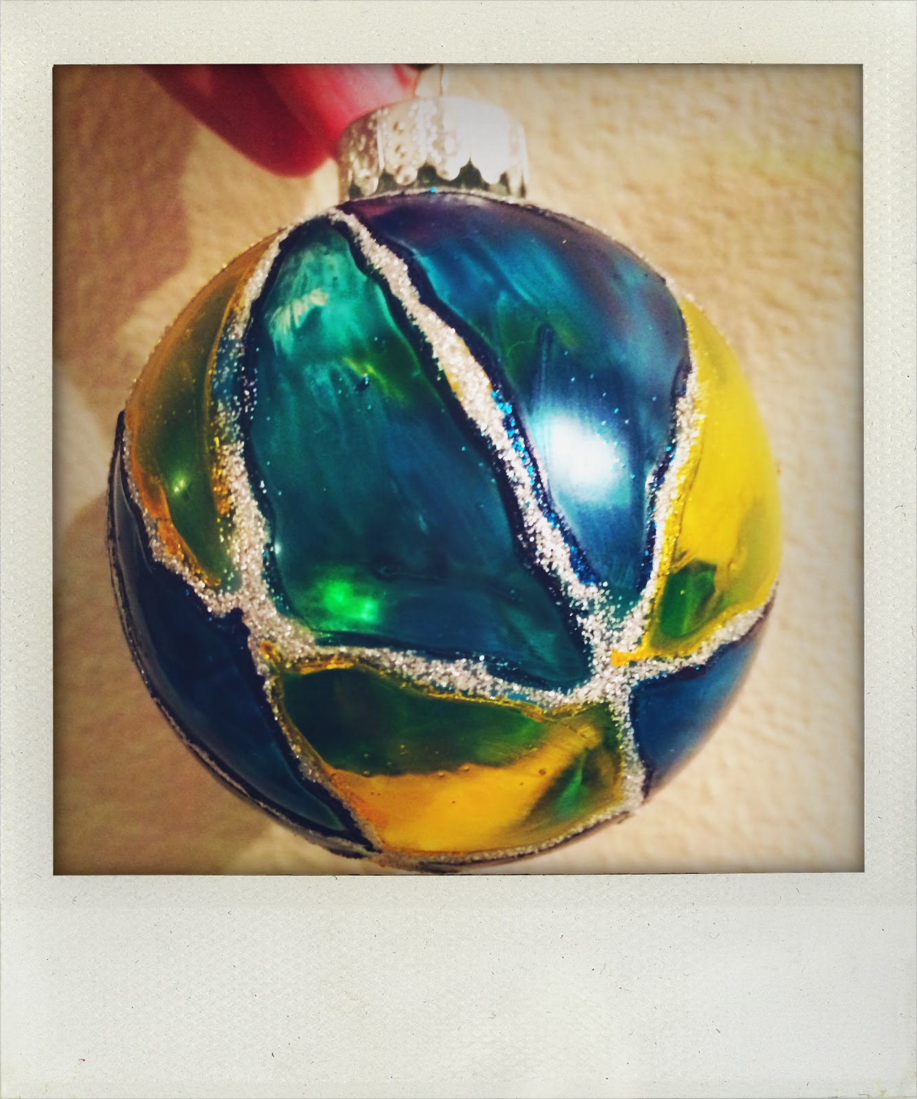 How To Decorate Glass Ornaments For Christmas: Simple Silver Linings: Ornament Decorating Party