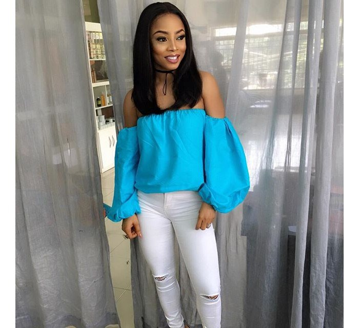 Toke Makinwa in off the shoulder