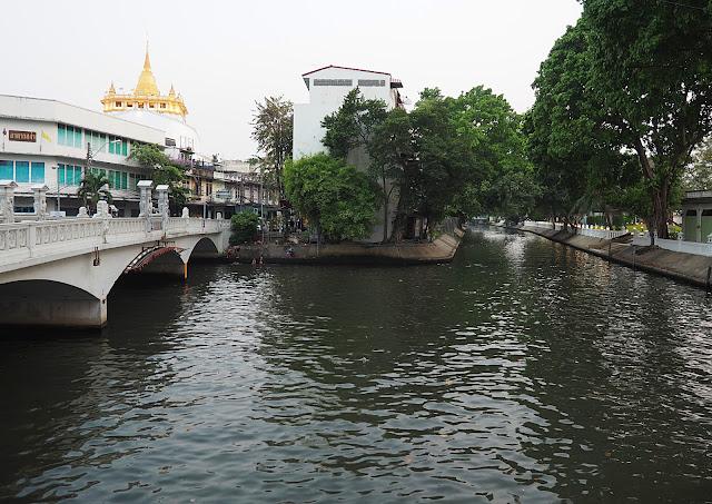 Бангкок, канал Saen Saep (Bangkok, the Saen Saeb canal)