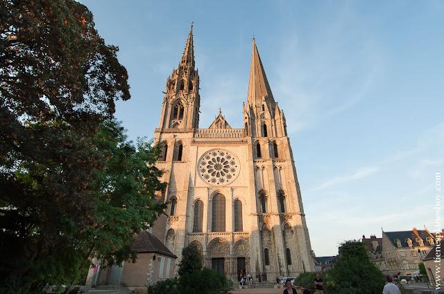 que ver en Chartres catedral turismo UNESCO viaje Francia
