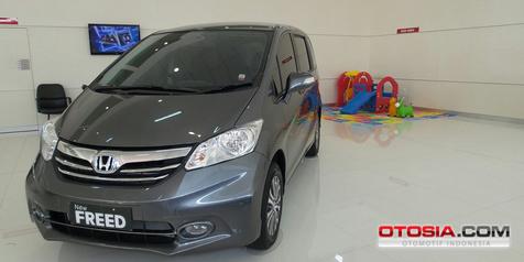 Konsumen Honda Freed Beralih ke Mobilio RS