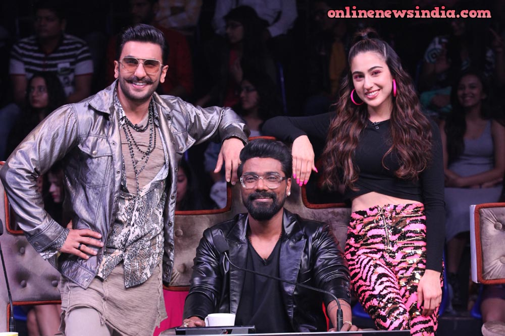 Ranveer Singh and Sara Ali Khan with Super judge Remo D'souza on Dance+ 4