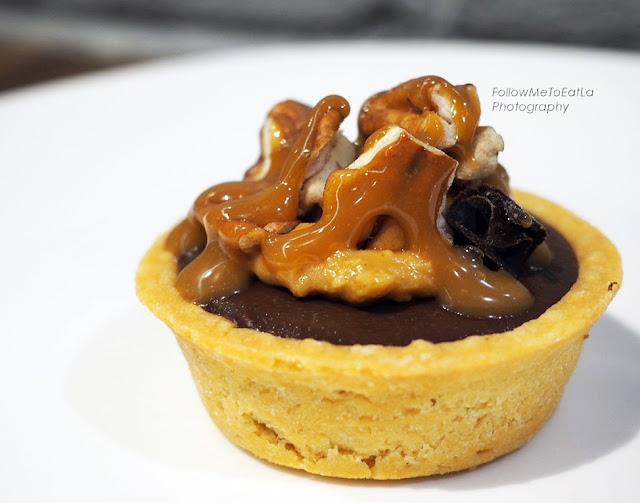 Pic's Nutty Whittakers Tarts
