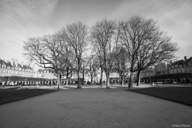 Place des Vosges-Parigi