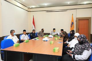 Rapat Koordinasi Secara Virtual Sinergitas Pemerintah Pusat dan Daerah Dalam Pelaksanaan Regulasi Omnimbus Law
