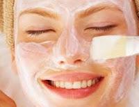 ölü deri tabakasından arındıran cilde doğal ışıltısını kazandıran maske tarifi