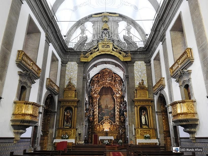 Interior da Igreja de São Nicolau - O que fazer no Porto, Portugal