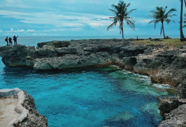 poto - Tempat Wisata di Sabang Terpopuler, Pantainya indah