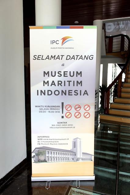 museum maritim indonesia pelabuhan tanjung priok