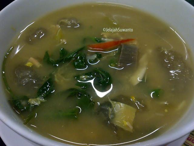 Kapurung Makanan Khas Luwu || ©JelajahSuwanto