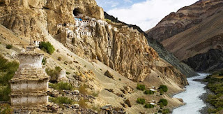 Places to visit in Jammu and kashmir (Phugtal monastery )