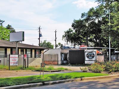 Dino's Den (formerly Mugsy's) 2239 Richmond Ave Houston TX 77098