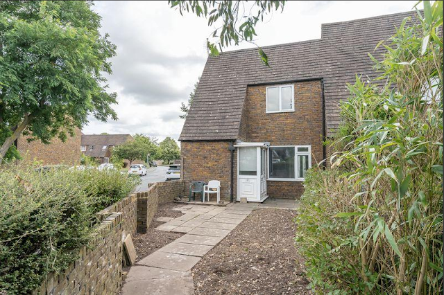 2 bed house, Winterbourne Road, Chichester