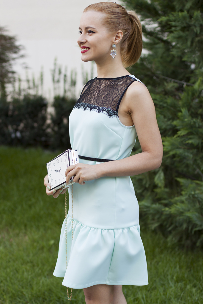 vision on fashion the mint dress