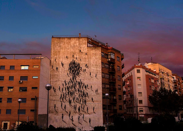 Spanish Muralist Suso33 paints a new Street Art Piece On The Streets Of Madrid, Spain. 1