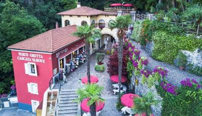 Gite e vacanze in Trentino - La bellissima cascata del Varone,vicino Tenno ,in provincia di Trento