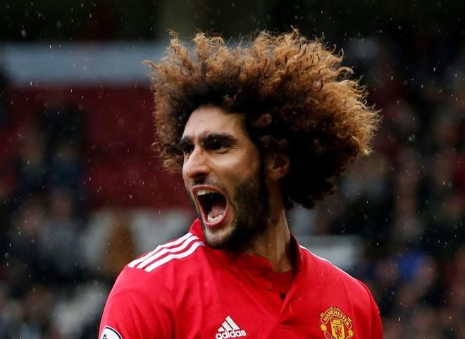 Đội hình ngôi sao tóc xù khuấy đảo bóng đá thế giới