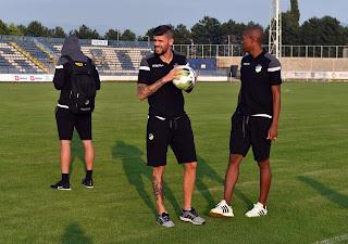 Εικόνες από την προπόνηση στο στάδιο «Stadion kraj Bistrice, Gradski - Niksic»