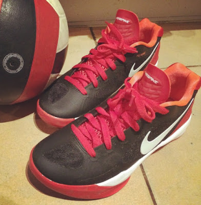 nike volley zoom hyperspike, volleyball shoes, nike