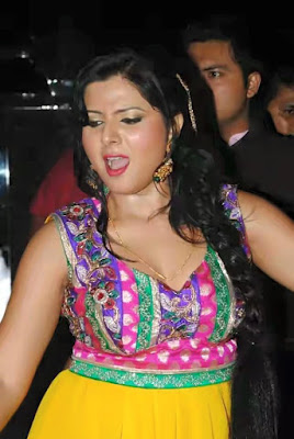 Smiriti sinha hot picture