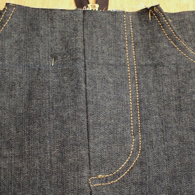decorative top stitch on zipper fly