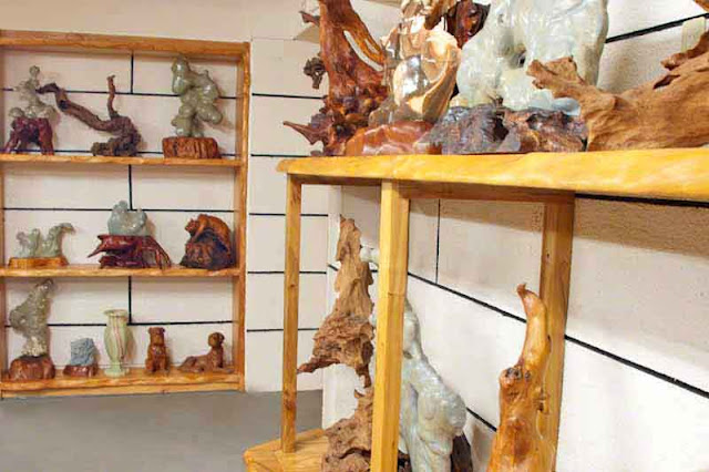 stone carvings, wood carvings, art, ceramics, shelves