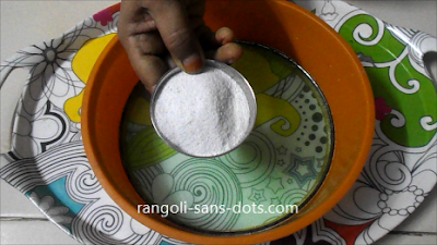 kolam-powder-at-home-1a.jpg