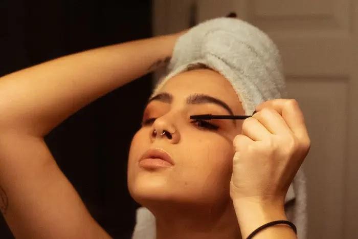 tips menggunakan maskara agar bulu mata tampak lebih tebal