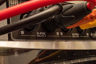 最近のオーディオインターフェイスには Hi-Z 入力が標準装備されている