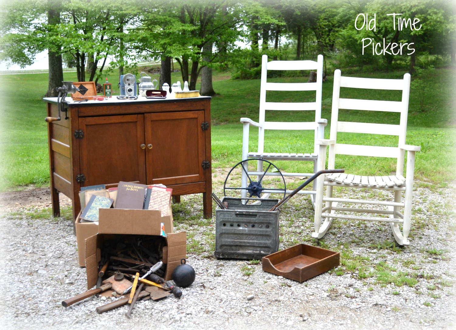 *OldTimePickers* - decor and design from pickin cool finds