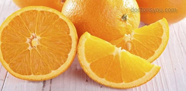 الدكتور هو أنت فوائد البرتقال الصحية لعلاج الأمراض  البرتقال مضاد قوي للأكسدة البرتقال يهدئ التوتر والاكتئاب البرتقال يعزز الجهاز الهضمي البرتقال مصدر مهم لفيتامين C البرتقال يساعد على امتصاص الحديد البرتقال يحارب الكوليسترول فوائد البرتقال للوجه و البشرة نصائح حول الاستهلاك اليومي للبرتقال إلتهاب اللوزتين محاربة التجاعيد خفض الحمى