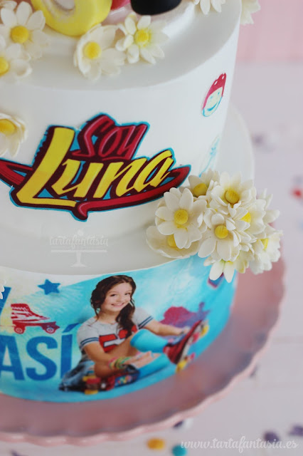 Detalle Tarta Soy Luna