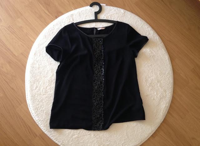 tee-shirt-noir-soie-camaieu