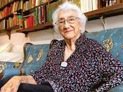 LITORAL Escribir poesía y ser maestra, las dos pasiones de Dolores Castro | Redacción Bitácora de vuelos