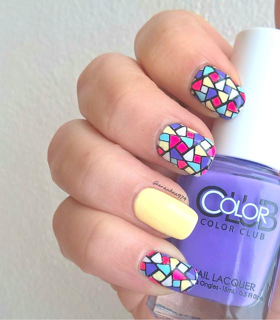 Manicura con pegatinas caseras y esmaltes de Color Club
