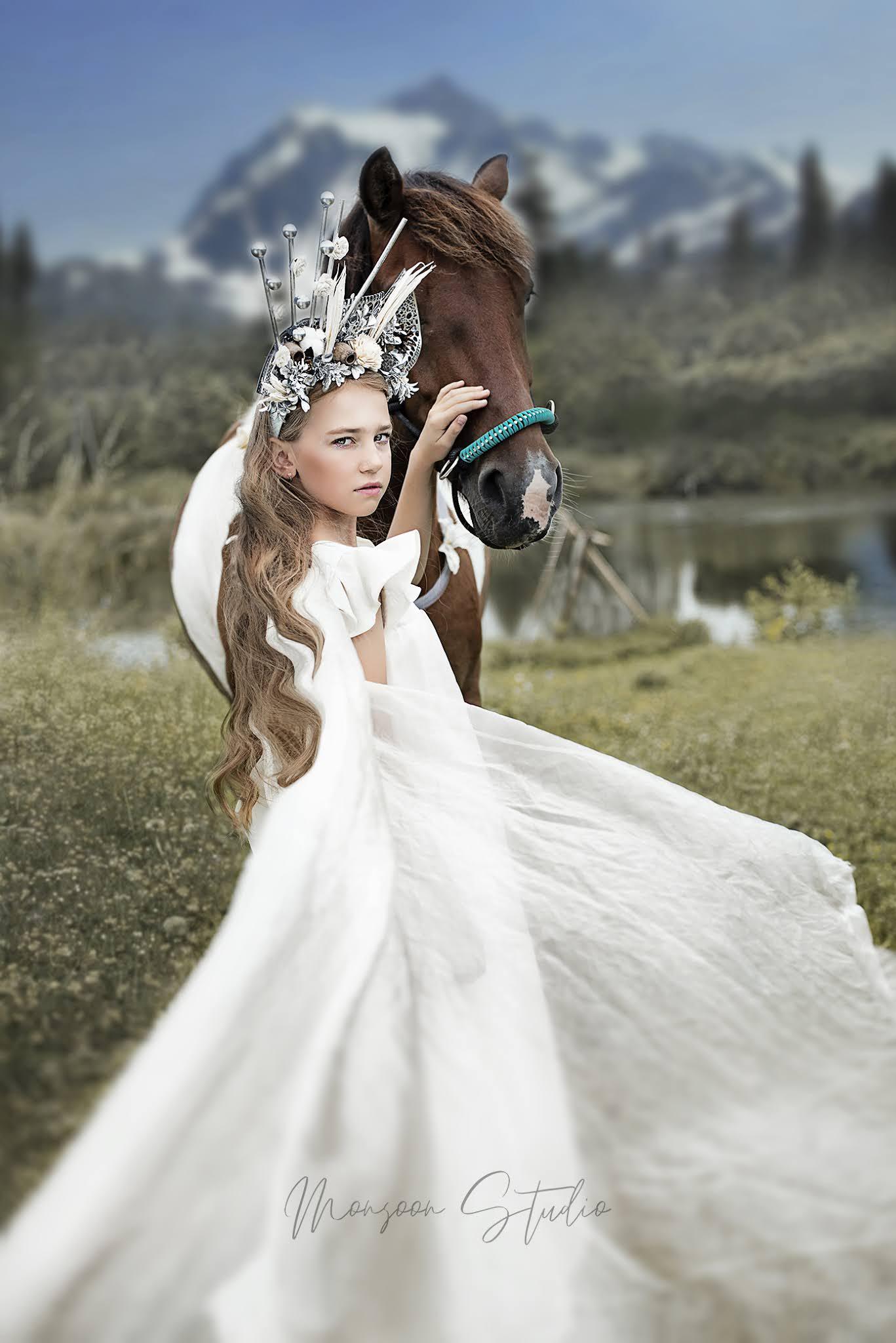 fotograf Warszawa, fotografia w górach, sesja zdjęciowa z koniem