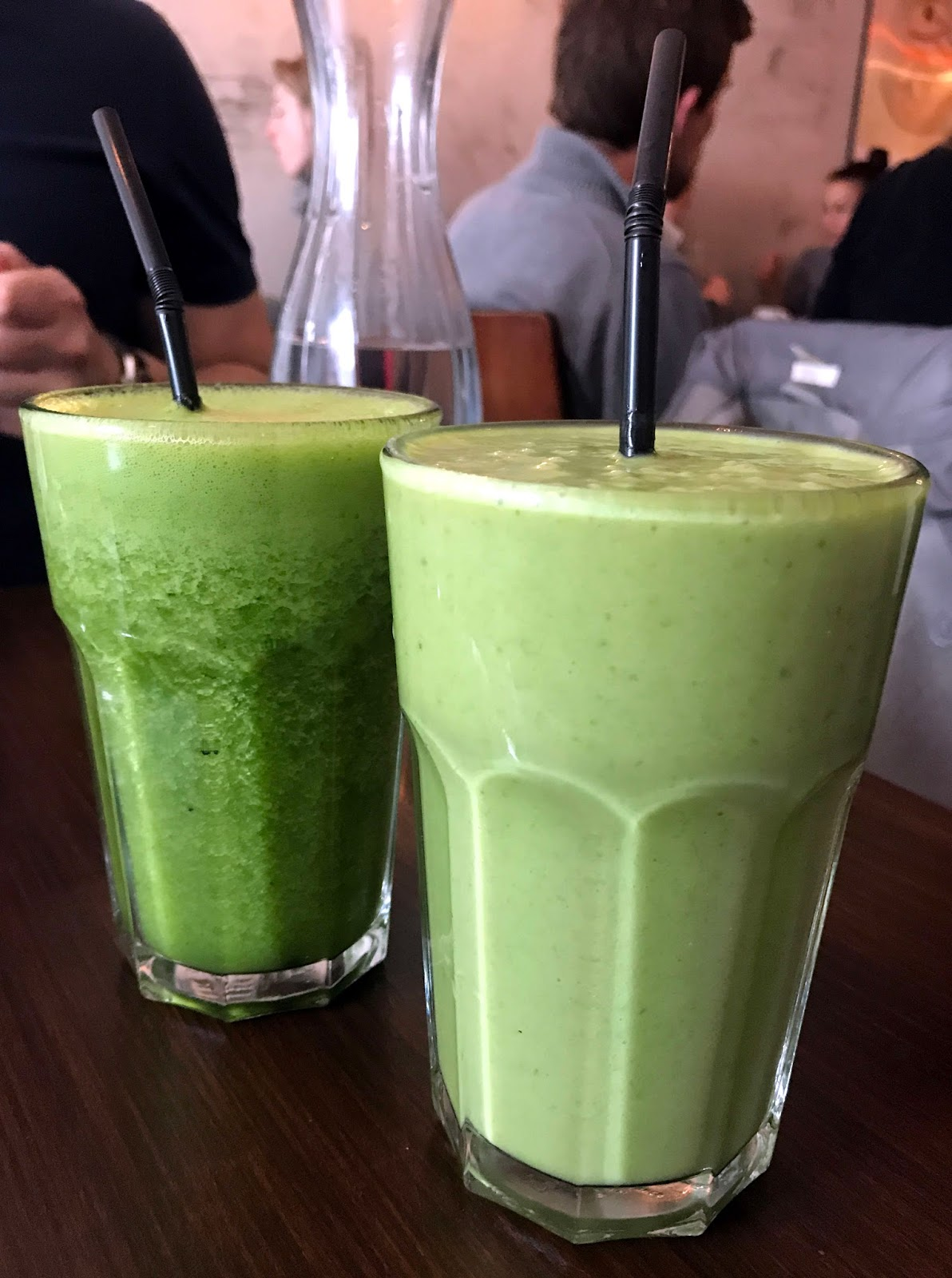Stitch & Bear - Sova Vegan Butcher - Fresh smoothies