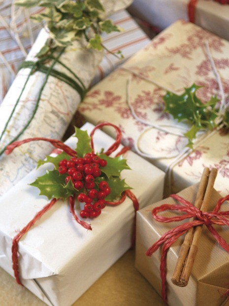 The Lazy Girl's Guide to Beautiful Gift Wrap Ideas ... |Pretty Christmas Presents