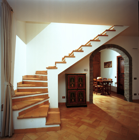 DRAMATIC INDOOR STAIRCASES - Home Design Decorations