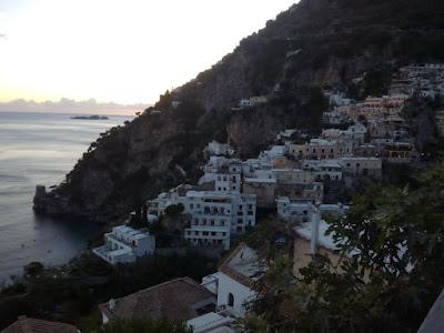 Visita-positano-escapada-costa-amalfitana-italia-enlacima